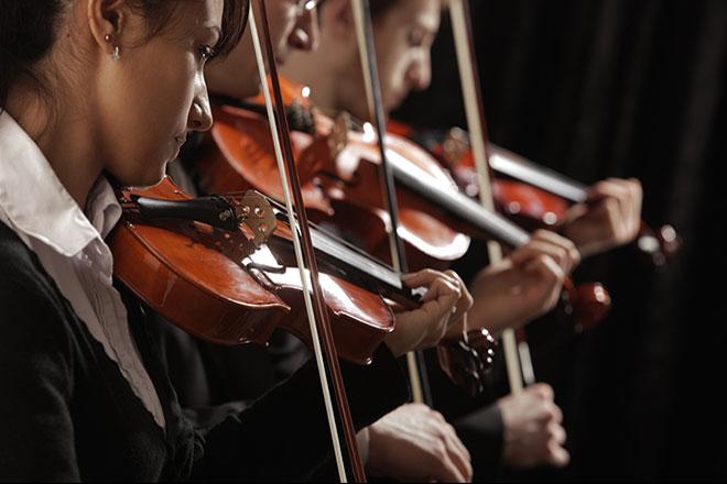 Ορχήστρα με βιολιά